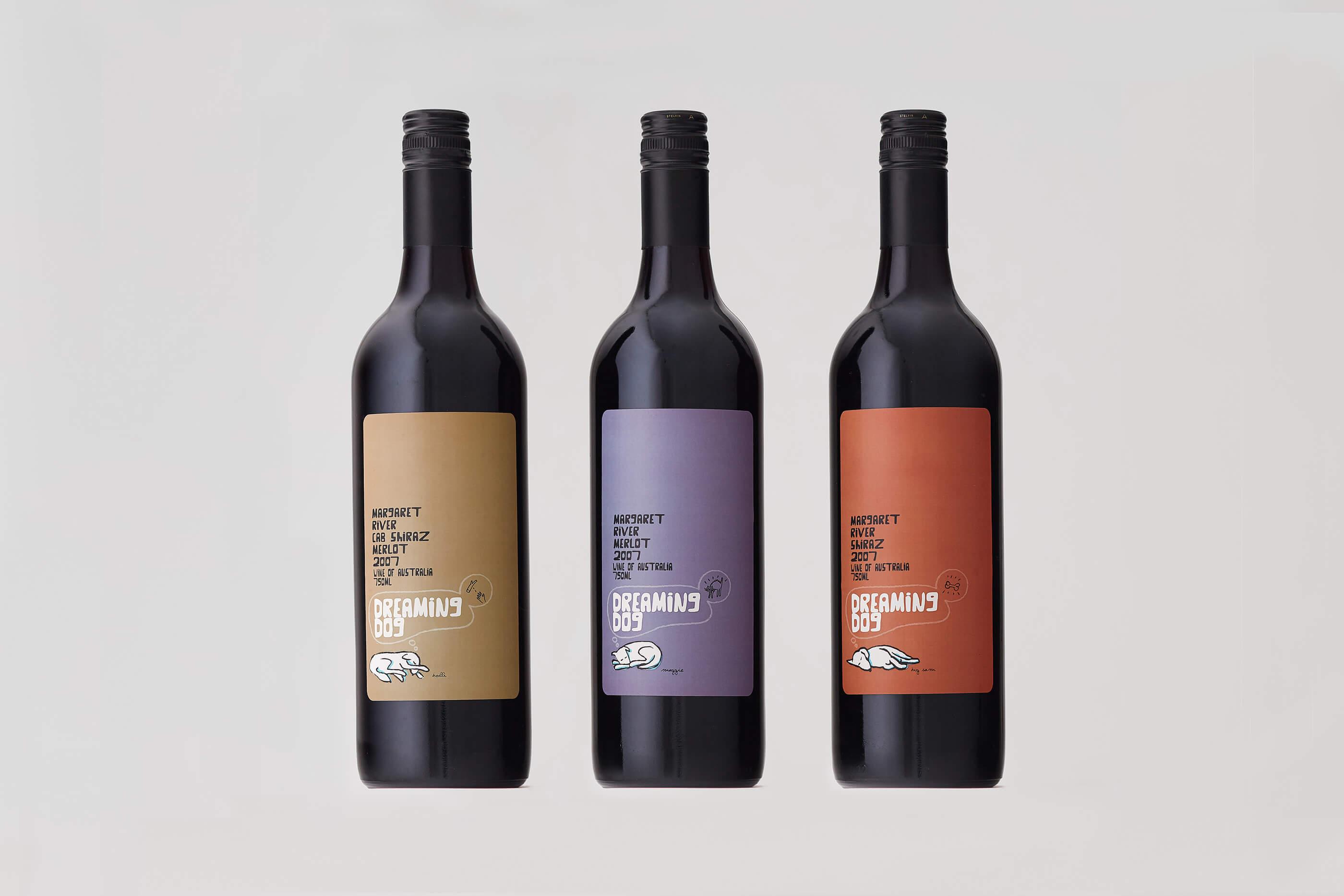 dreaming_dog_wine_bottle_design