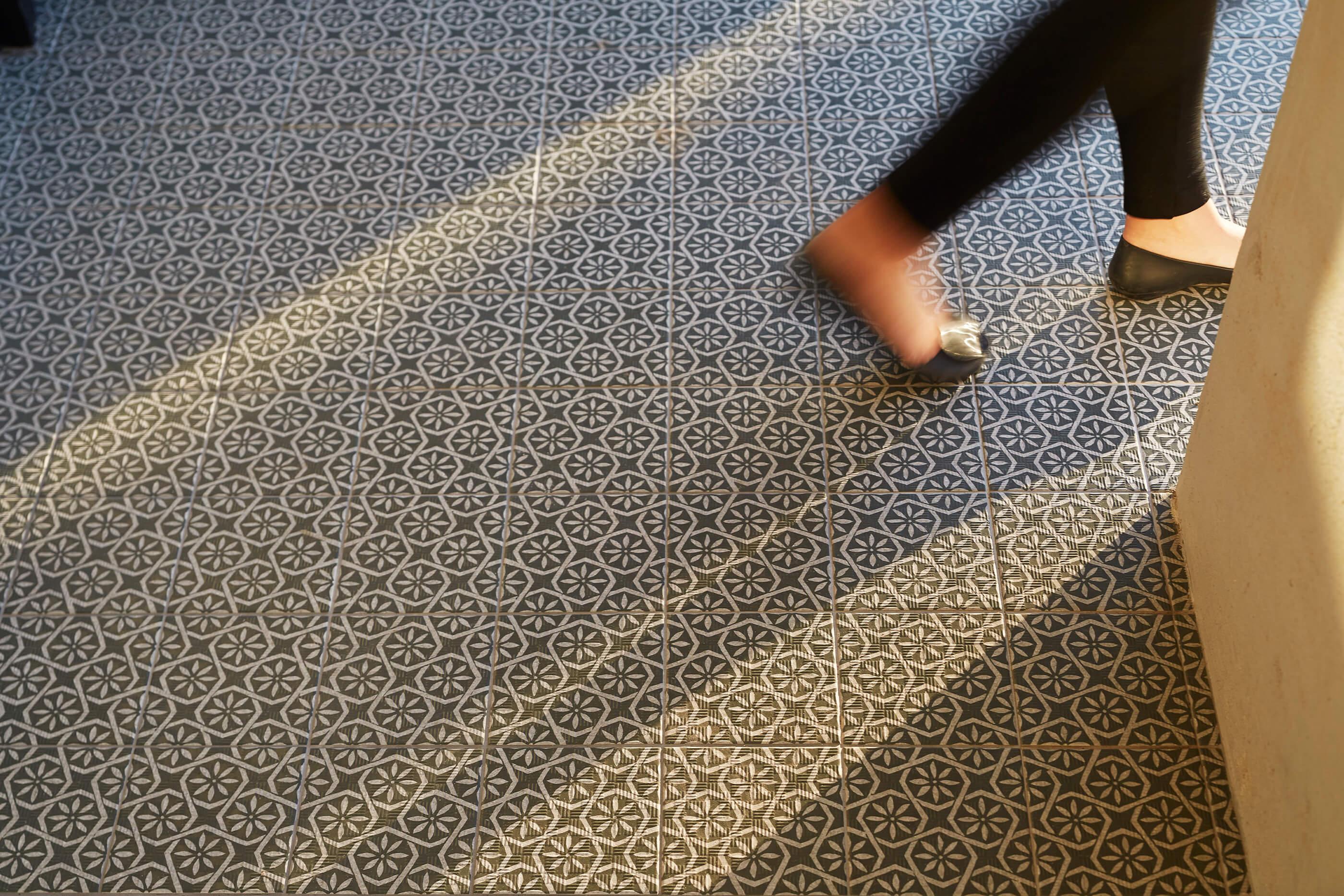violetta_floor