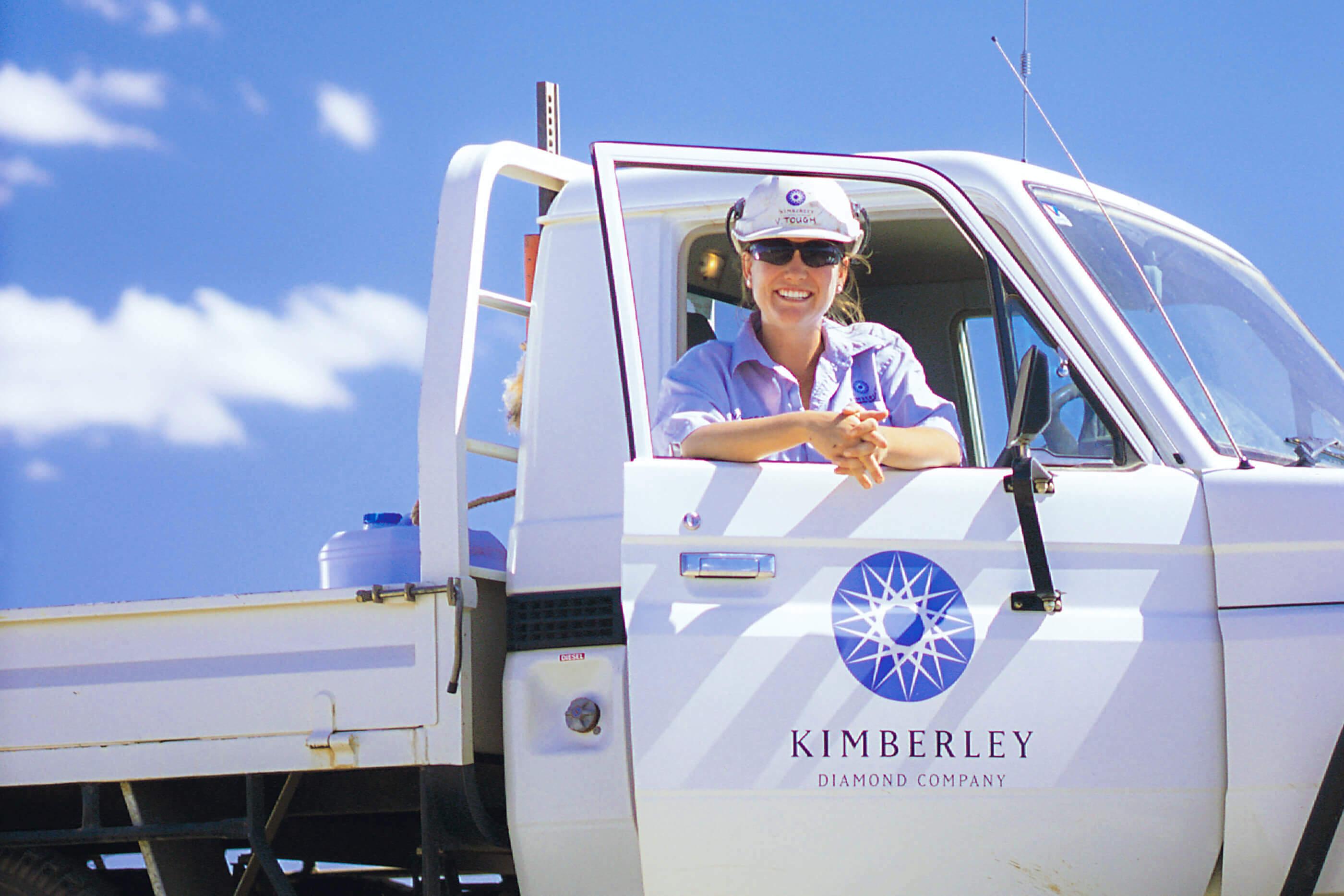 Kimberley-Diamonds-Vehicle