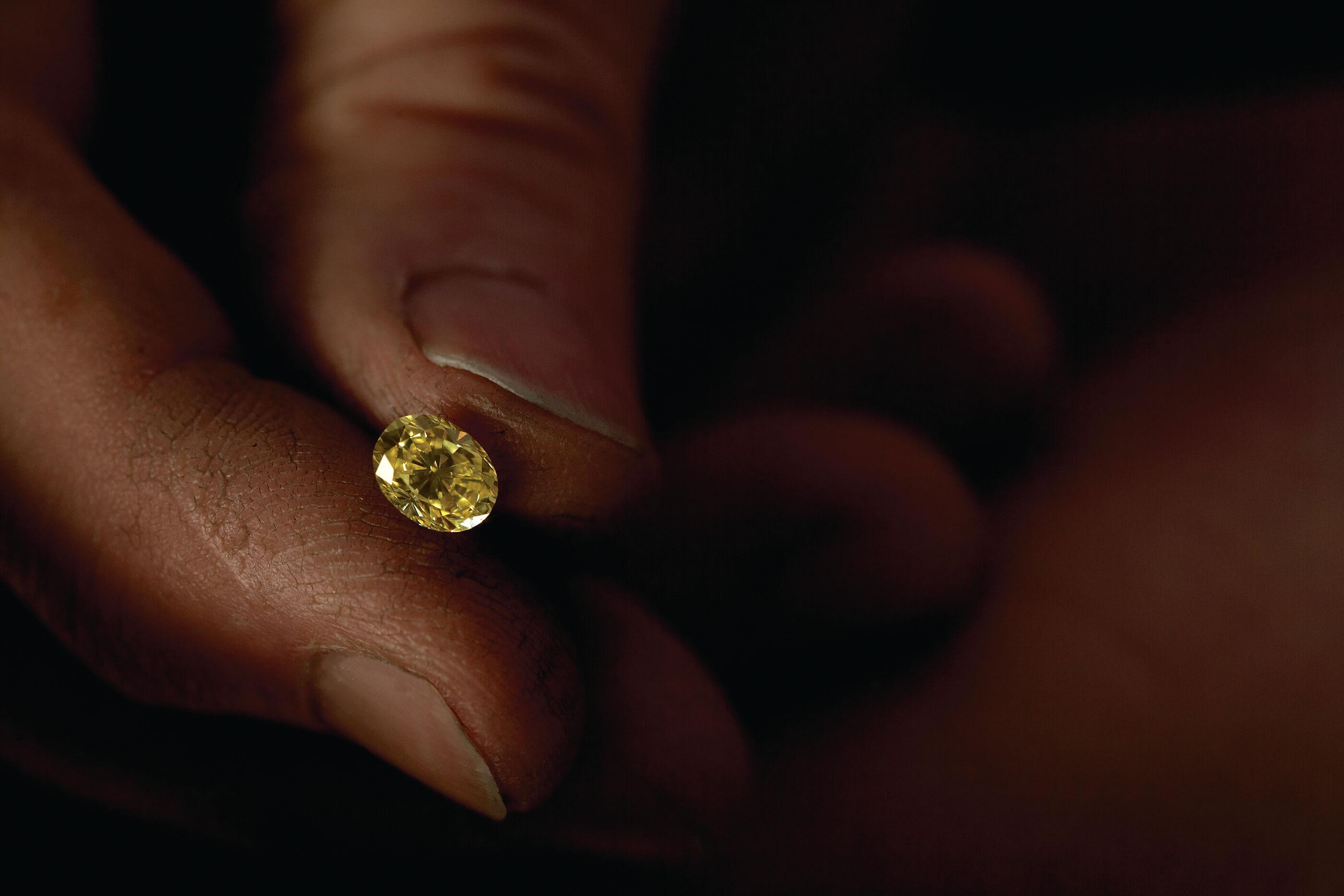 Kimberley-Yellow-Diamond-Hero